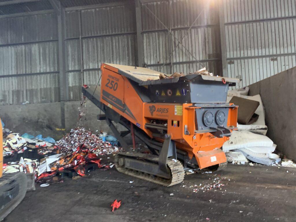 Impaktor250 in afval